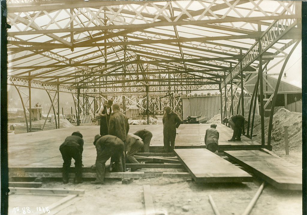 Building the amusement park
