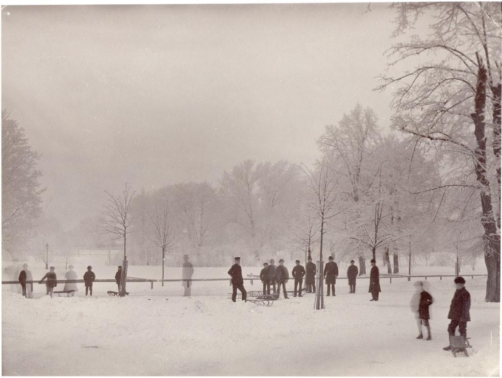Winter in Humlegården, Stockholm, Sweden